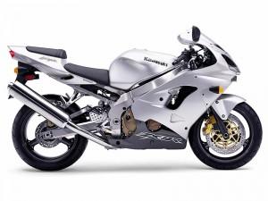 Топ 5: най-удобните спортни мотоциклети 4