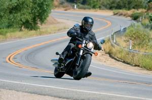 Силният дух на Honda Shadow 750 Black Spirit 04