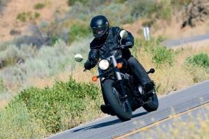 Силният дух на Honda Shadow 750 Black Spirit 05