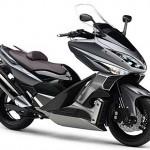 Трицилиндров макси скутер от Yamaha? 1