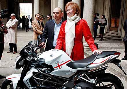 Милано получи подарък от MV Agusta