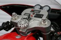 Мотоциклетът Ferrari 900 на търг 2