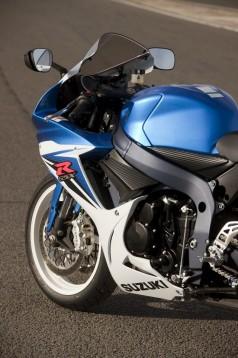 Галерията на Suzuki GSX-R 600 12