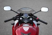 Още снимки на Honda CBR250R 10
