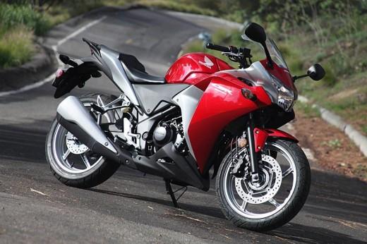 Още снимки на Honda CBR250R 14