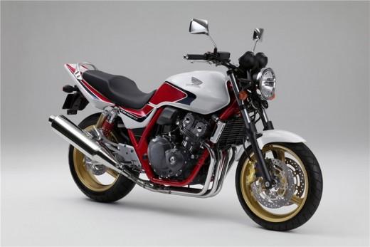 Honda пуска лимитирана серия в злато и сребро 01