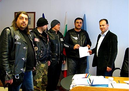 Кметът на р. Витоша подкрепи идеята за откриване на мото сезон 2011