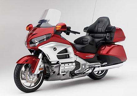 Проверете своята Honda Goldwing – вероятен проблем със спирачките