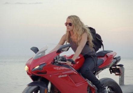 Ducati 848 се превърна в кинозвезда