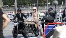 Кийра Найтли и Ducati 750SS в реклама на Chanel 02