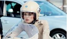 Кийра Найтли и Ducati 750SS в реклама на Chanel 03