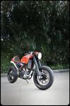 От супермото в Кафе рейсър - KTM 525 EXC Café Moto 04