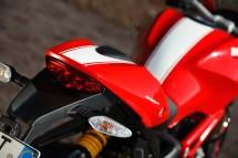 Ducati Monster 1100 EVO - снимки и видео 08