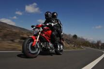 Ducati Monster 1100 EVO - снимки и видео 13
