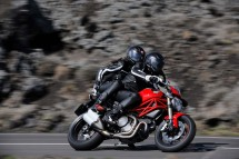 Ducati Monster 1100 EVO - снимки и видео 14