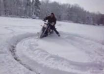 Снежен дрифт с чопър
