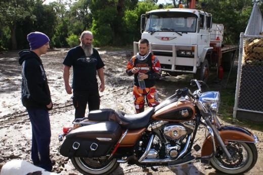 Първият опит за задно слато с Harley-Davidson Road King 01