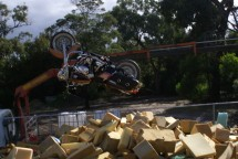 Първият опит за задно слато с Harley-Davidson Road King 09