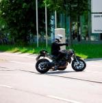 Мото шпионите уловиха шосейният мотор Husqvarna 900 04