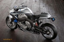 Шестцилиндров нейкд мотор от BMW 23