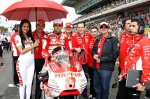 Падок момичетата на MotoGP Бареслона 2011 30