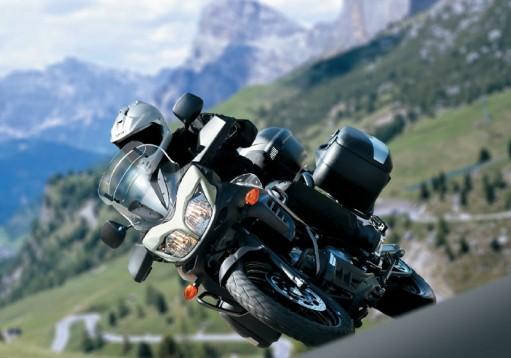 Снимки на мистериозния мотоциклет Suzuki V-Strom 2012 04