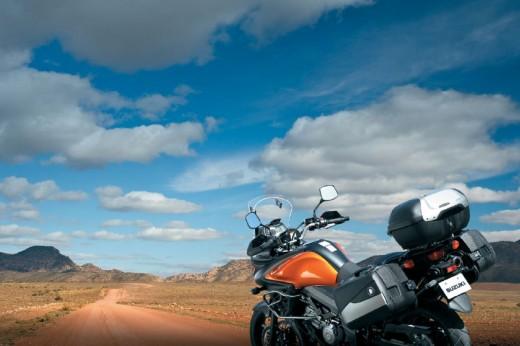 Снимки на мистериозния мотоциклет Suzuki V-Strom 2012 06