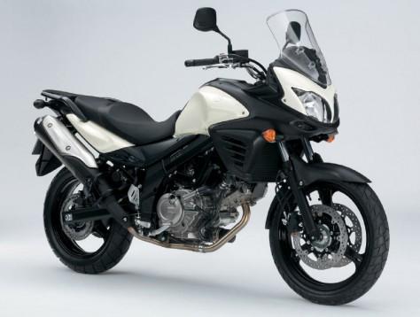 Снимки на мистериозния мотоциклет Suzuki V-Strom 2012 07