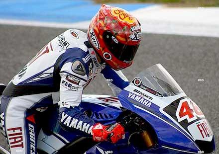MotoGP: Лоренсо печели в Австралия, Маркес дисквалифициран