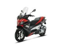 Макси скутерът Aprilia SR Max 02