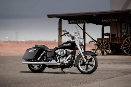 2012 Harley Davidson Dyna Switchback 01