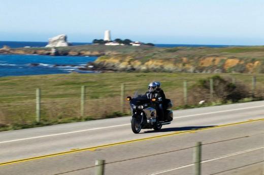 Инвоации в мотоциклета Honda Gold Wing за 2012 04