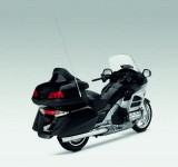 Инвоации в мотоциклета Honda Gold Wing за 2012 10