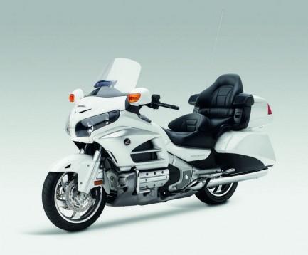 Инвоации в мотоциклета Honda Gold Wing за 2012 13