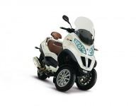 500 кубиков Piaggio MP3 Touring 09