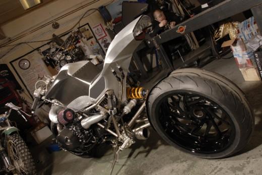 "Турбо къстъм мотоциклет ""Slugger"" 01"