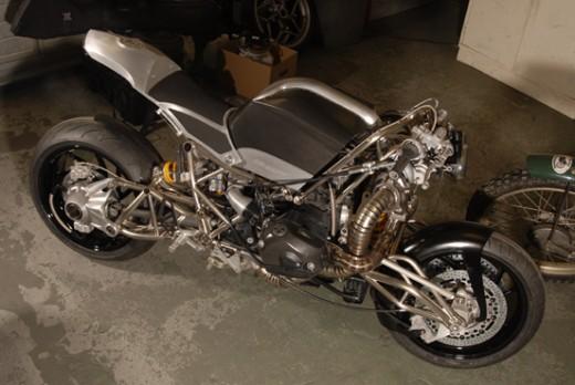 "Турбо къстъм мотоциклет ""Slugger"" 11"