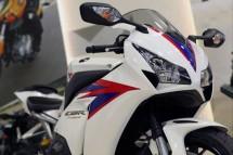 Honda показа моторът 2012 CBR 1000RR Fireblade 06