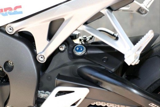 Honda показа моторът 2012 CBR 1000RR Fireblade 16