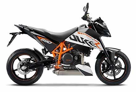 Най-мощния едноцилиндров мотор в света – детайли за 2012 KTM 690 Duke
