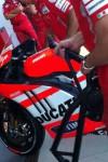 Алуминиево шаси за Валентино Роси на MotoGP Арагон 02