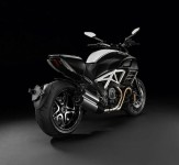 Разкриха Ducati Diavel AMG Special Edition  01