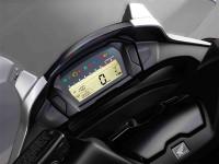 Това е мотор! Това е скутер! Не – това е Honda Integra! 03