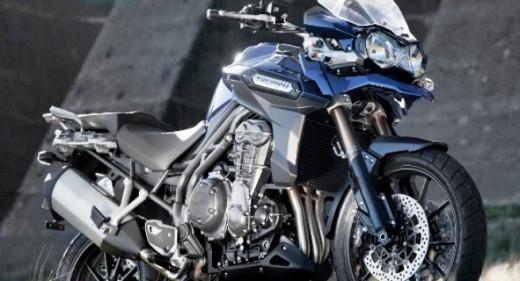 Triumph с три нови модела за EICMA 2011 04