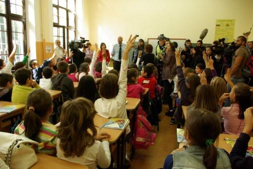 КАТ, MOTO.BG и Atrox MCC влязоха в класните стаи заради безопасността на пътя 02