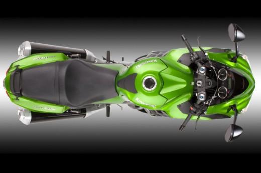 Kawasaki ZZR1400 е обявен за най-бързо ускоряващият сериен мотор в света 03