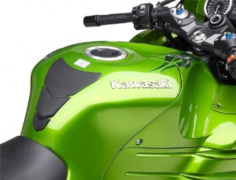 Kawasaki ZZR1400 срещу Suzuki Hayabusa 07