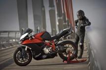 V за Vendetta - тунинг на Ducati Superbike 06