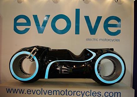 Вече моде да имате моторът TRON в гаража