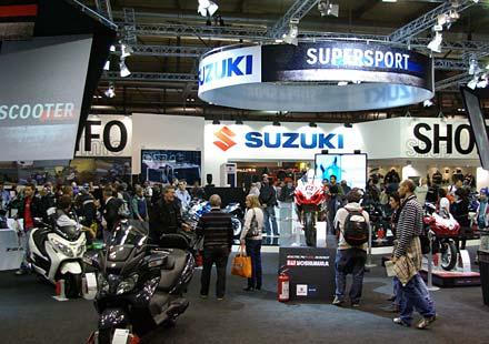 Suzuki на EICMA 2011